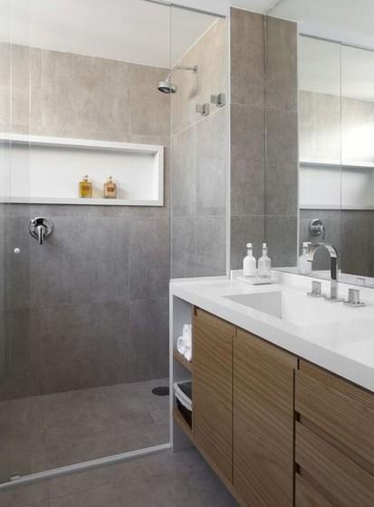 Banheiros Planejados Madeira Alphaville - Banheiro Planejado Pequeno