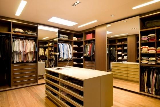 Closets Planejados em Madeira Alphaville - Closet Planejado Aberto