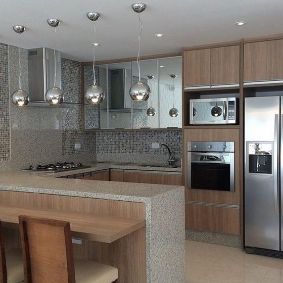 Cozinha Planejada Amadeirada Zona Leste - Cozinha Planejada Apto