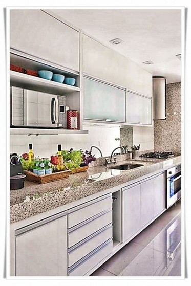 Cozinha Planejada Apartamento Bertioga - Cozinha Planejada Pequena