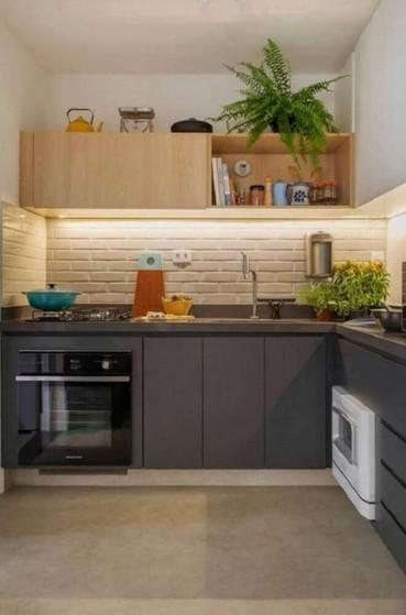 Cozinha Planejada de Canto Alphaville - Cozinha Planejada Amadeirada