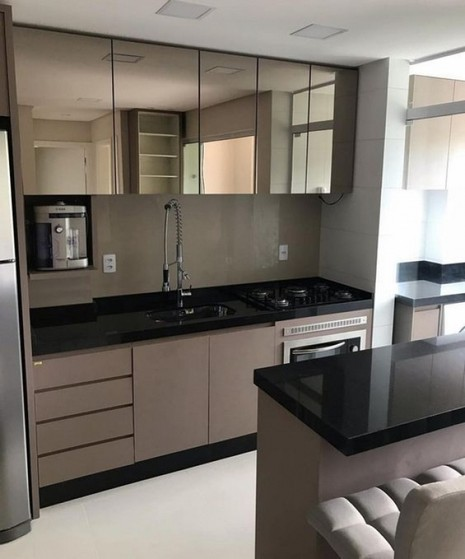 Cozinhas Planejadas Moderna Riviera de São Lourenço - Cozinha Planejada Amadeirada