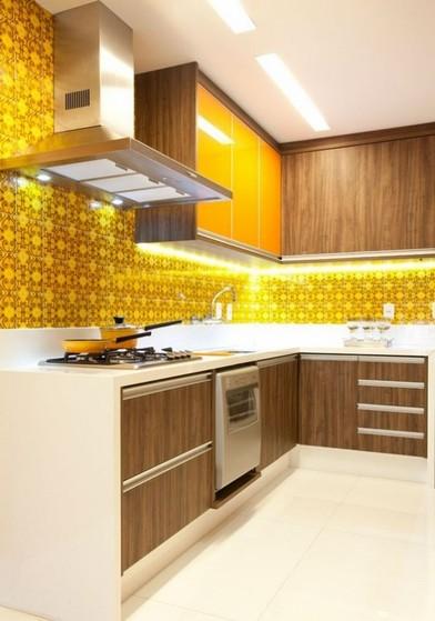 Onde Encontro Cozinha Planejada Amadeirada Alphaville - Cozinha Planejada de Canto