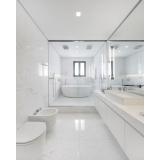 banheiro planejado com box Alphaville