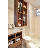 banheiro planejado madeira Poá