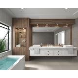 banheiros planejados com espelho Riviera de São Lourenço