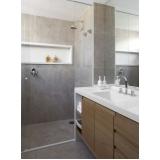 banheiros planejados madeira Alphaville