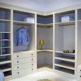 closet planejado de móveis