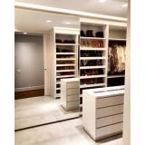 closet planejado com sapateira preço Poá