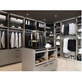 closet planejado grande Poá