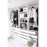 closet planejado pequeno simples preço Alphaville