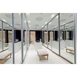 closets planejados com espelho Bertioga