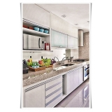 cozinha planejada apartamento Bertioga